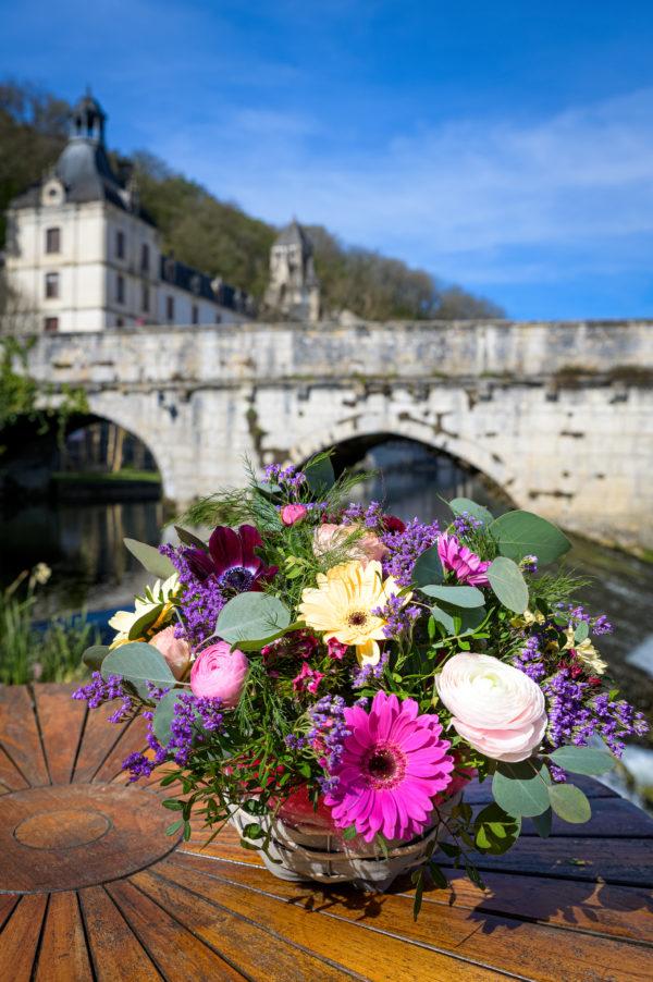 La composition fleurs de france